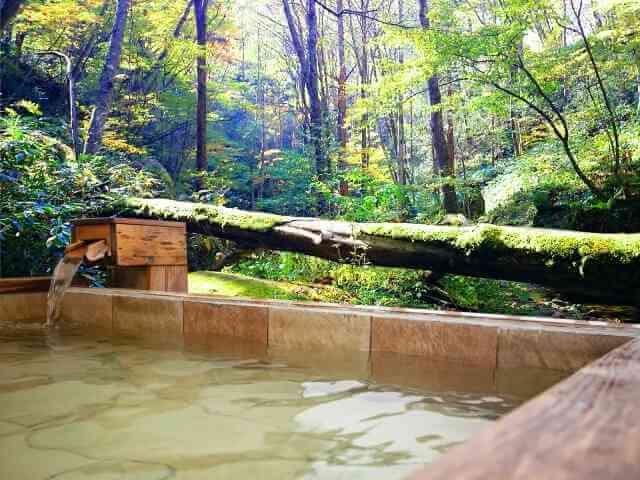 露天の温泉